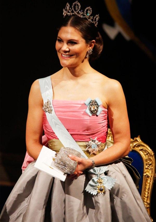 kronprinsessan-victoria-nobel-2018-narbild